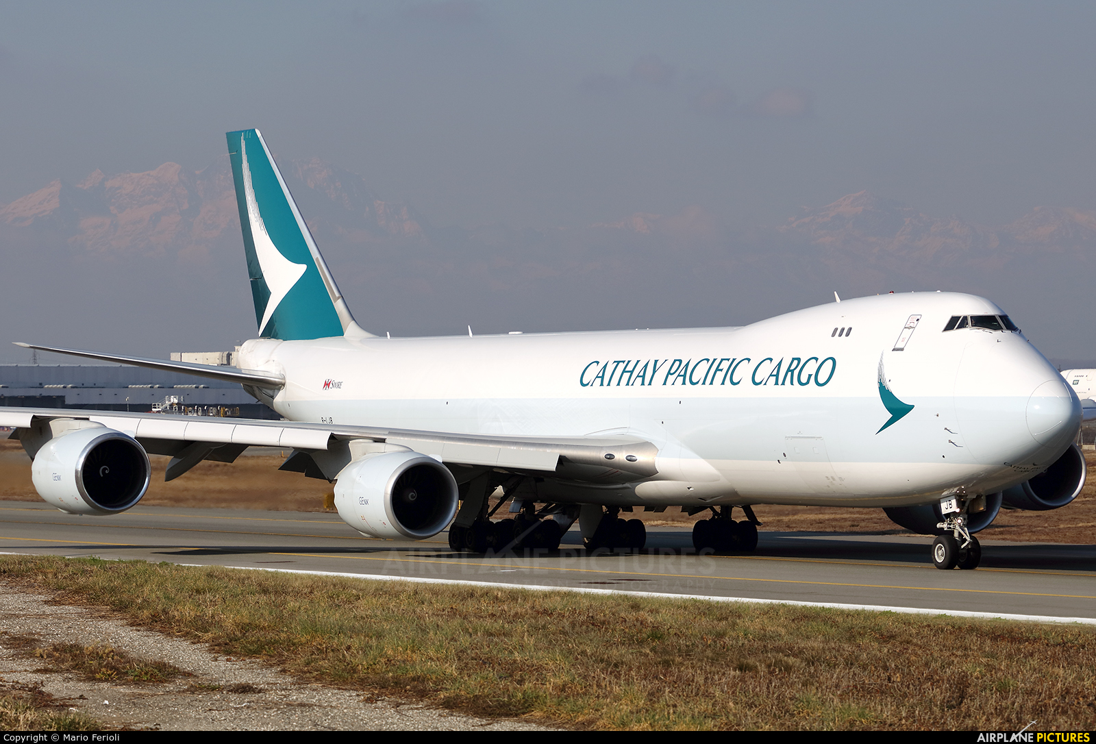 Cathay Pacific Cargo B-LJB aircraft at Milan - Malpensa