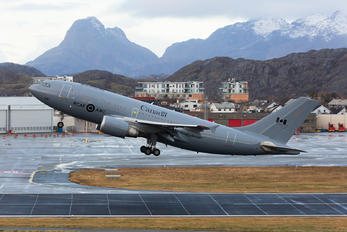 15005 - Canada - Air Force Airbus CC-150 Polaris