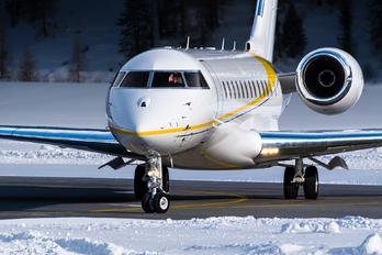 M-AATD - Private Bombardier BD-700 Global 6000