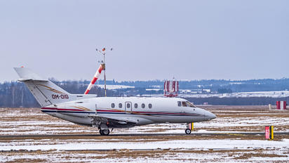 OM-OIG - Private Hawker Beechcraft 800