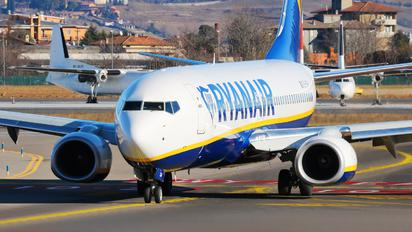 EI-GXH - Ryanair Boeing 737-8AS