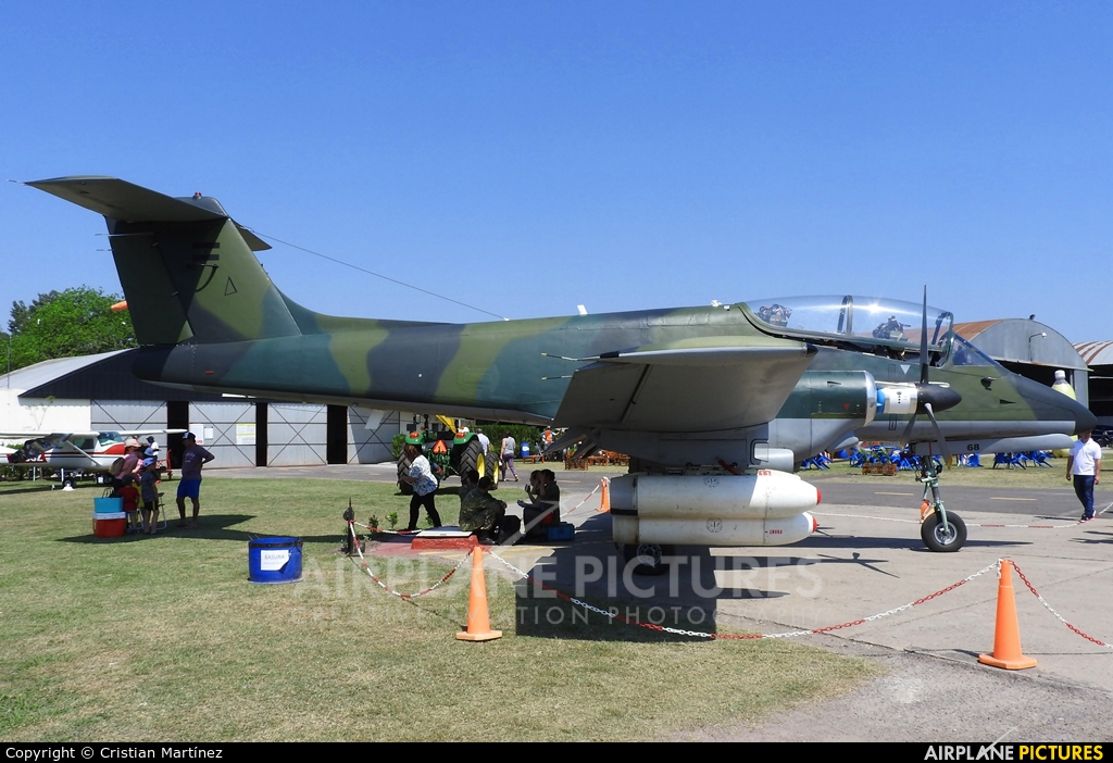 Argentina - Air Force A-568 aircraft at Reconquista - Daniel Jurkic