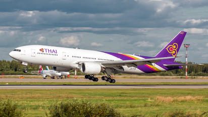 HS-TJW - Thai Airways Boeing 777-200ER