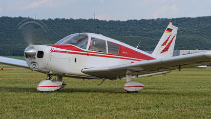 D-ECLR - Private Piper PA-28 Cherokee