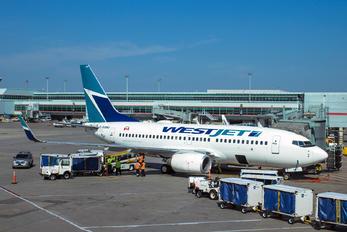 C-GGWJ - WestJet Airlines Boeing 737-700