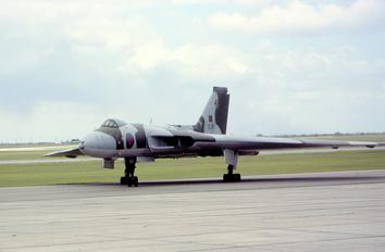 XL319 - Royal Air Force Avro 698 Vulcan B.2