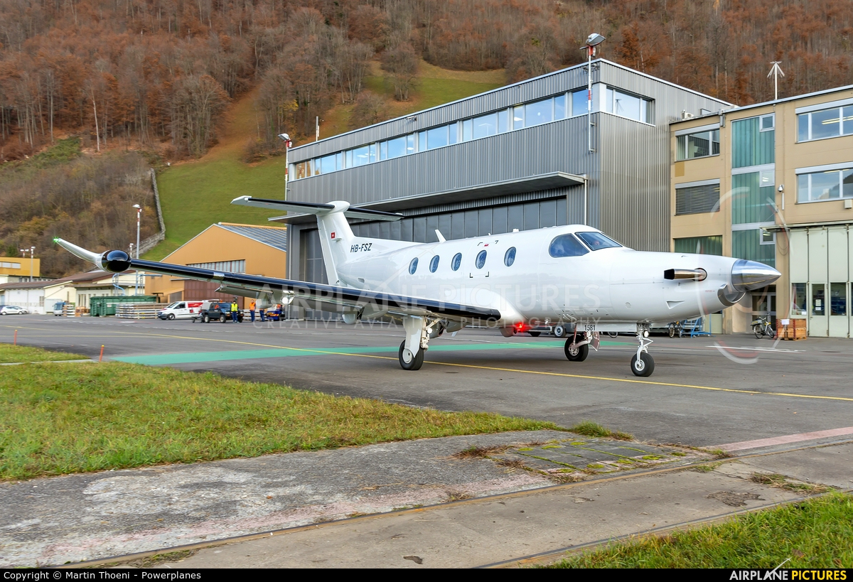 Private HB-FSZ aircraft at Buochs