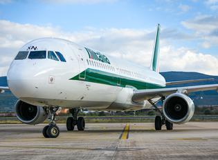 I-BIXN - Alitalia Airbus A321