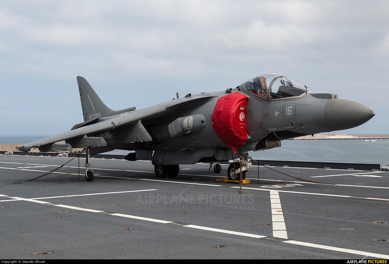 Italy - Navy MM7222 aircraft at