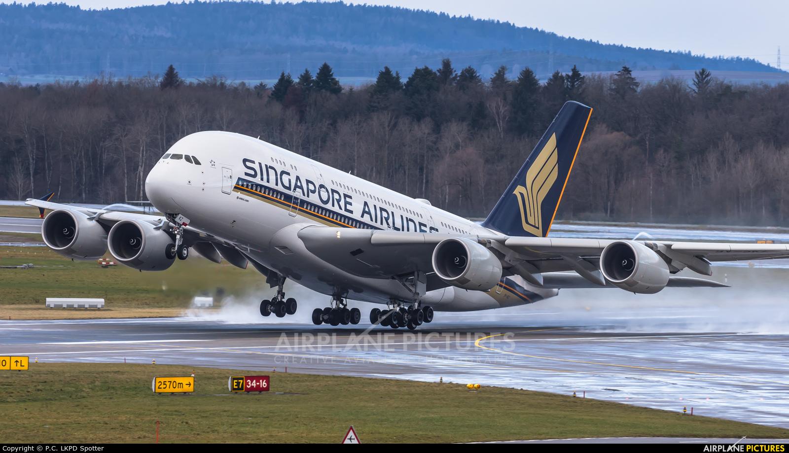 Singapore Airlines 9V-SKZ aircraft at Zurich