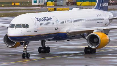 TF-ISR - Icelandair Boeing 757-200WL