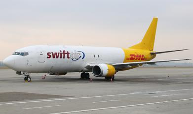 EC-MEY - Swiftair Boeing 737-400F