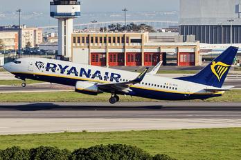 EI-EFH - Ryanair Boeing 737-800