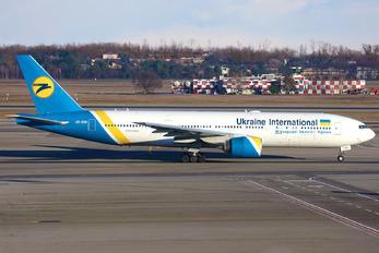 UR-GOB - Ukraine International Airlines Boeing 777-200ER