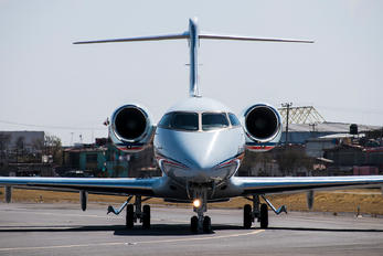N300FN - Private Bombardier BD-100 Challenger 300 series