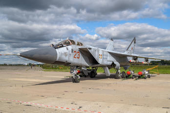 RF-90889 - Russia - Air Force Mikoyan-Gurevich MiG-31 (all models)