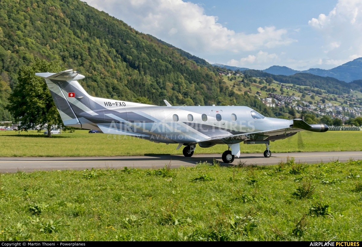 Private HB-FXO aircraft at Buochs