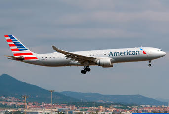 N278AY - American Airlines Airbus A330-300