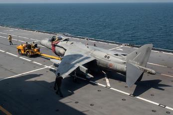 MM7223 - Italy - Navy McDonnell Douglas AV-8B Harrier II