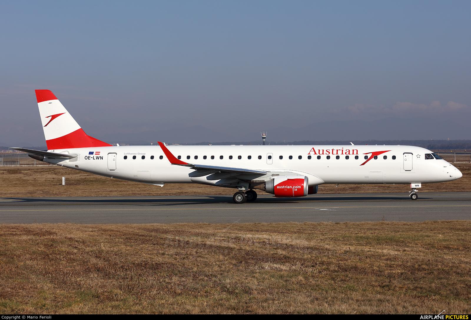 Austrian Airlines/Arrows/Tyrolean OE-LWN aircraft at Milan - Malpensa