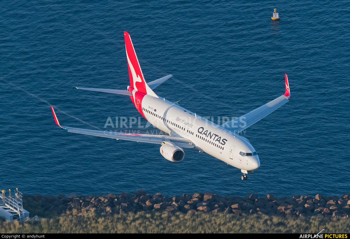 QANTAS VH-VYJ aircraft at Sydney - Kingsford Smith Intl, NSW