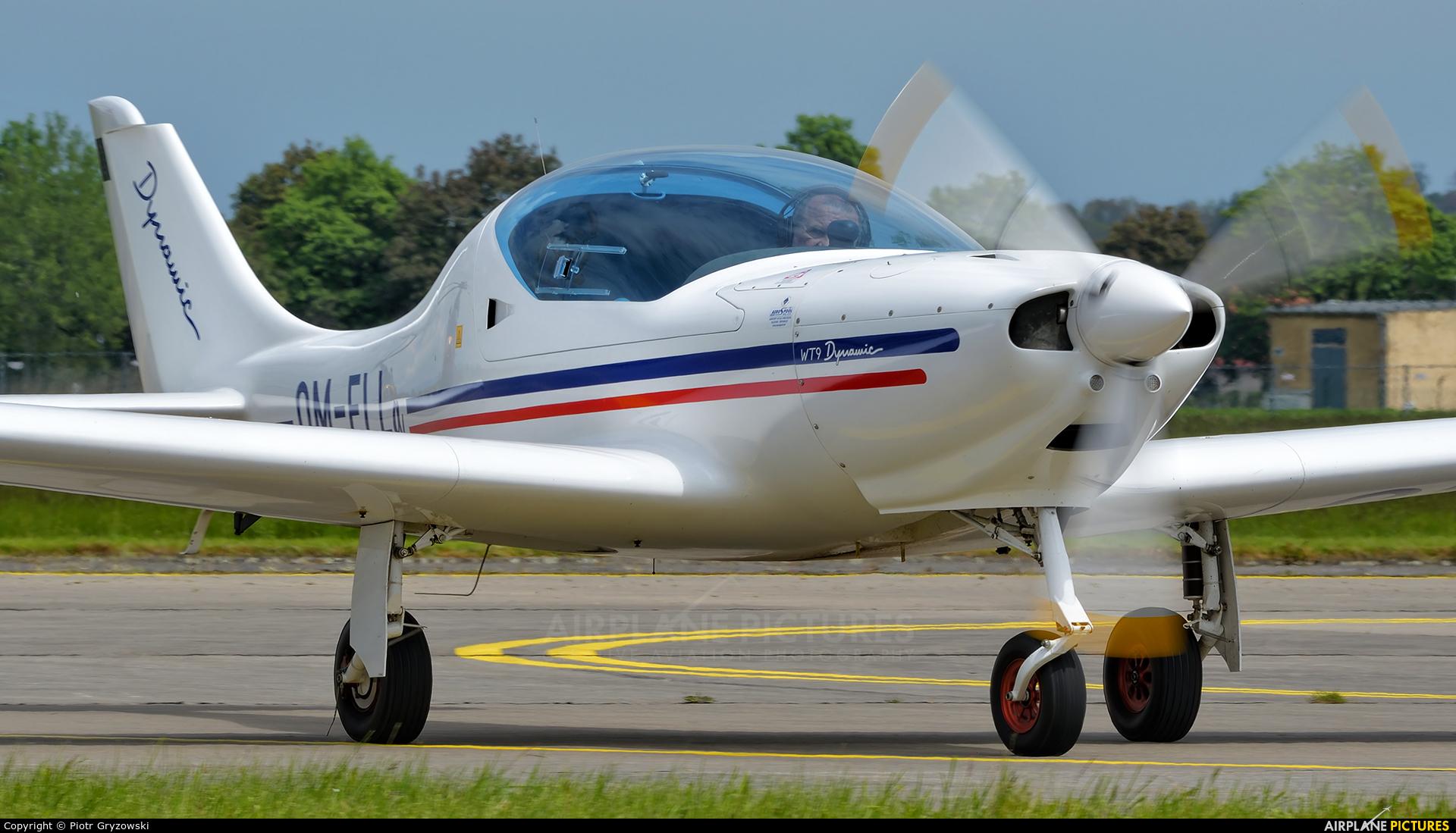 Private OM-ELL aircraft at Hradec Králové