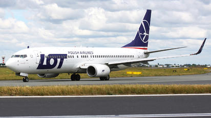 SP-LWC - LOT - Polish Airlines Boeing 737-800