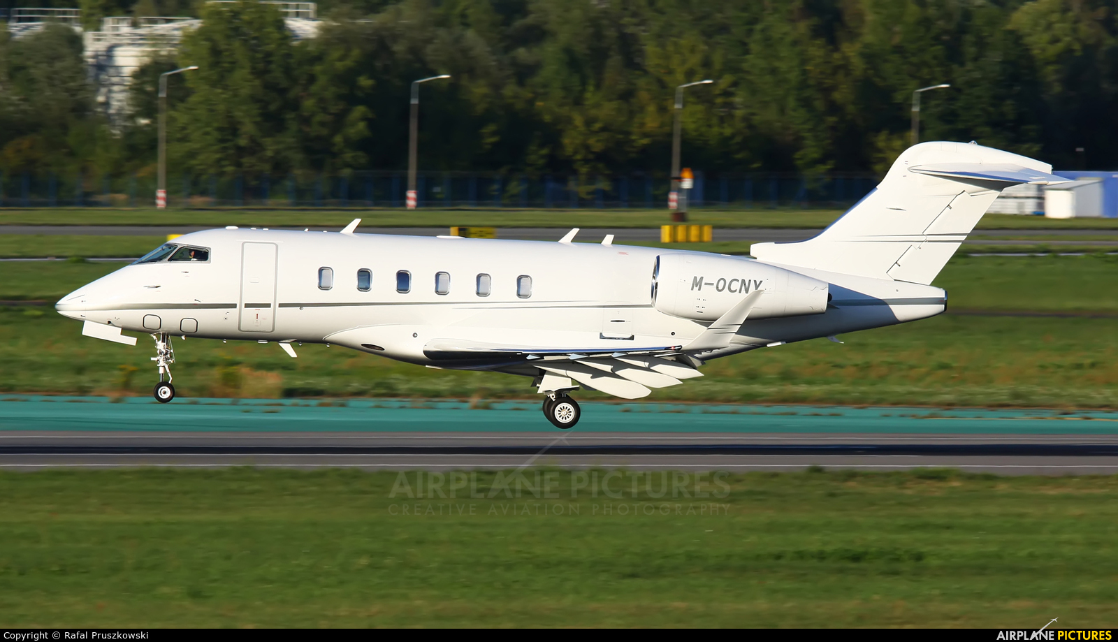 Private M-OCNY aircraft at Warsaw - Frederic Chopin