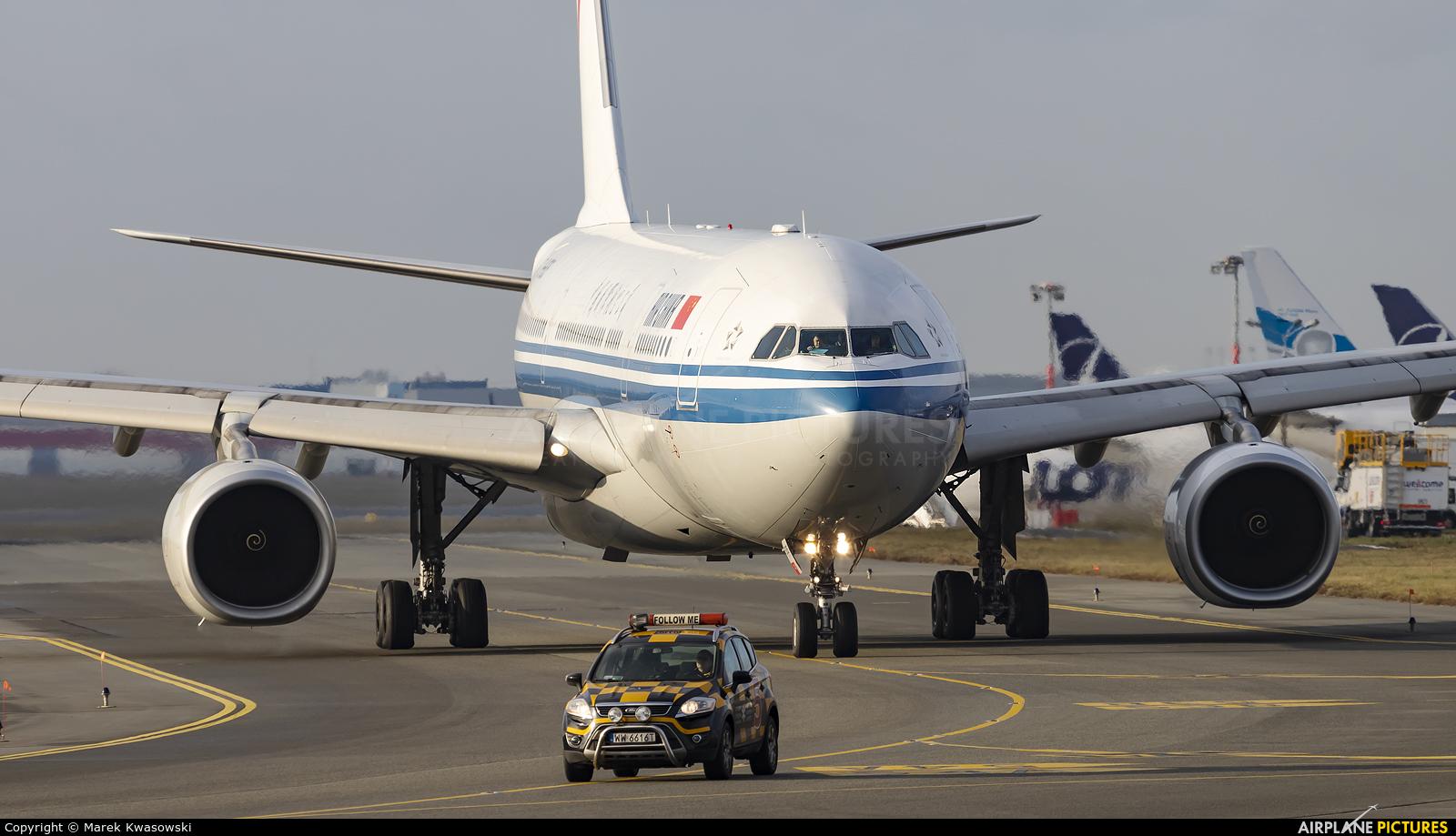 Air China B-6505 aircraft at Warsaw - Frederic Chopin