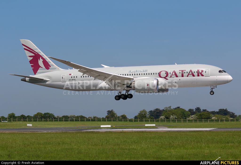 Qatar Airways A7-BCE aircraft at Dublin