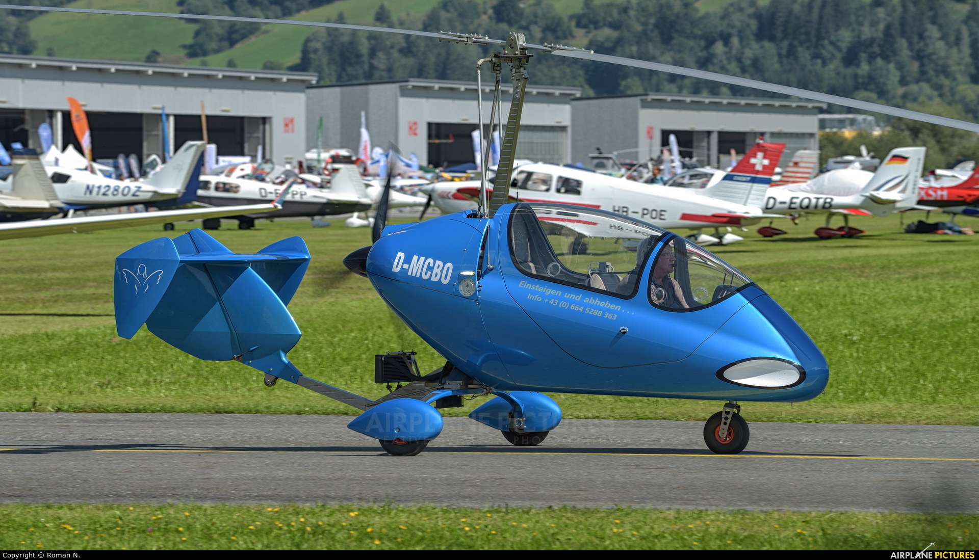 Private D-MCBO aircraft at Zell am See