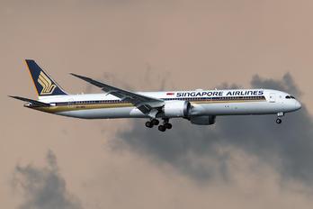 9V-SCH - Singapore Airlines Boeing 787-10 Dreamliner