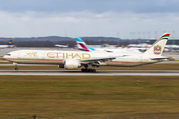 A6-ETL - Etihad Airways Boeing 777-300ER