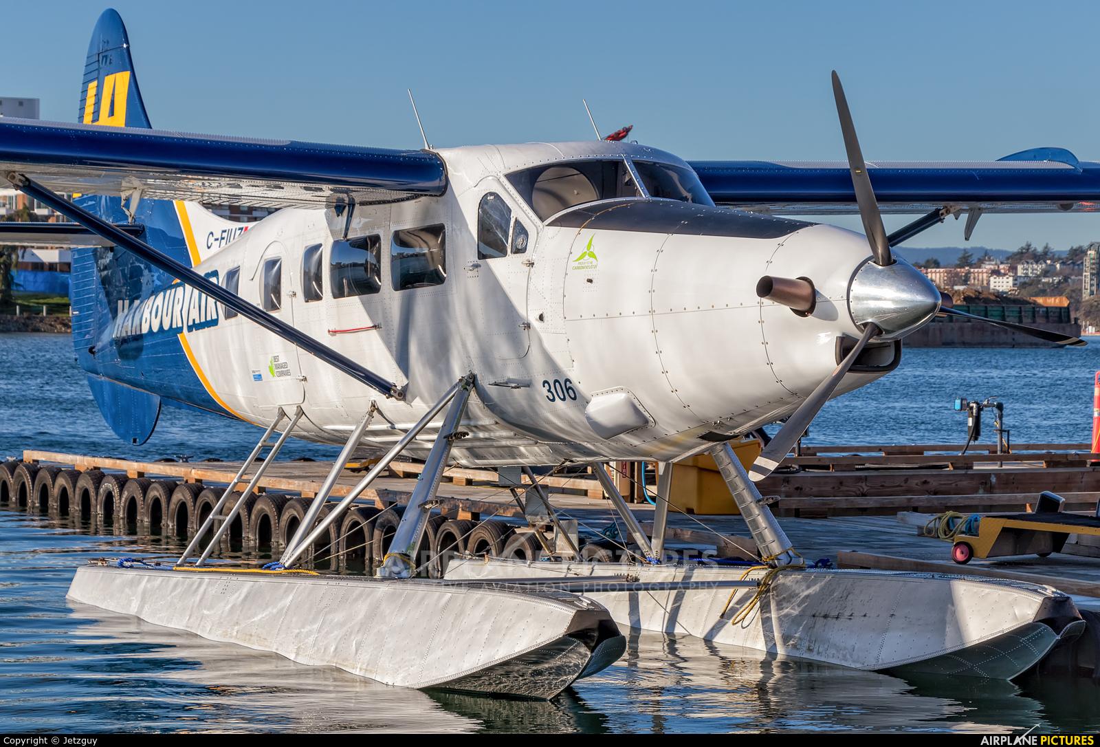 Harbour Air C-FIUZ aircraft at Victoria Harbour, BC