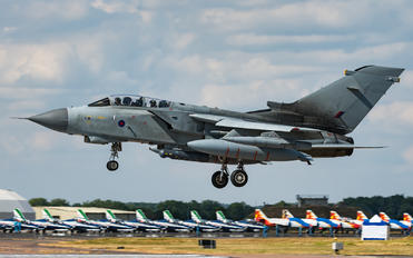 ZA543 - Royal Air Force Panavia Tornado GR.4 / 4A
