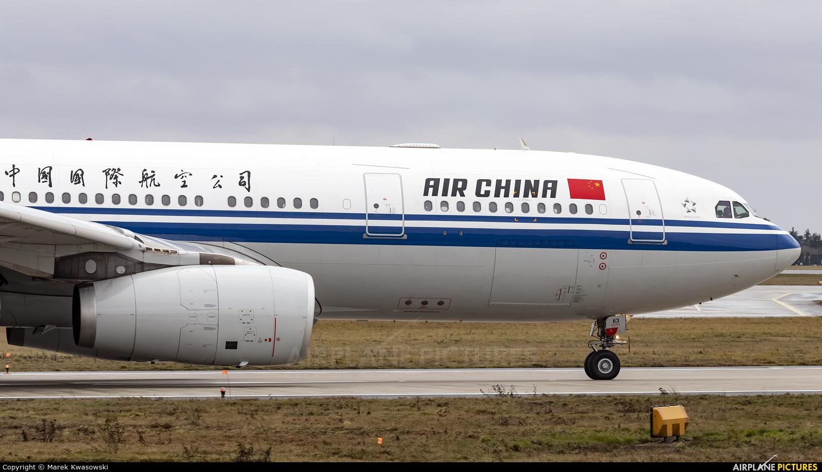 Air China B-6113 aircraft at Warsaw - Frederic Chopin