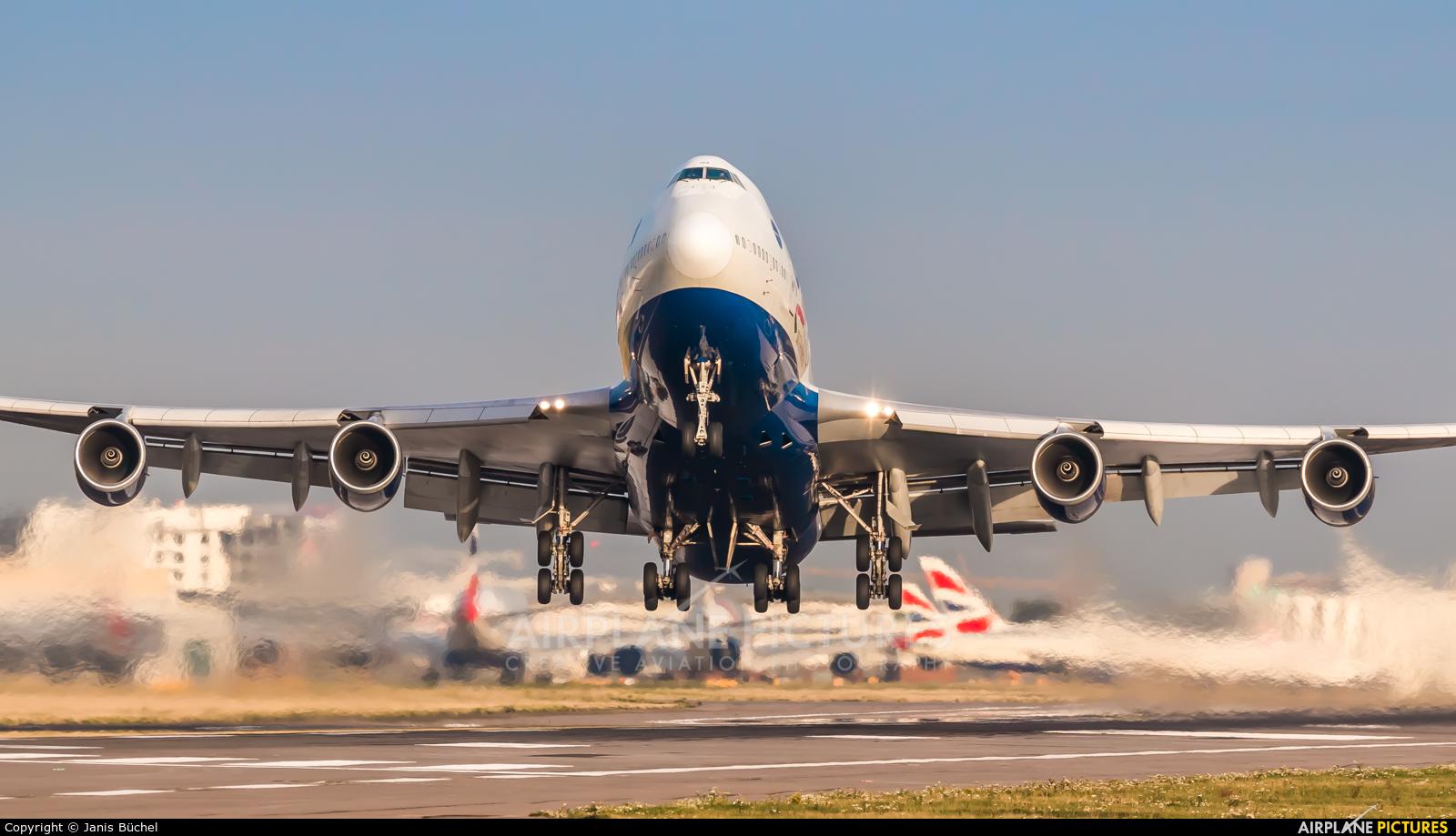 British Airways G-CIVZ aircraft at London - Heathrow