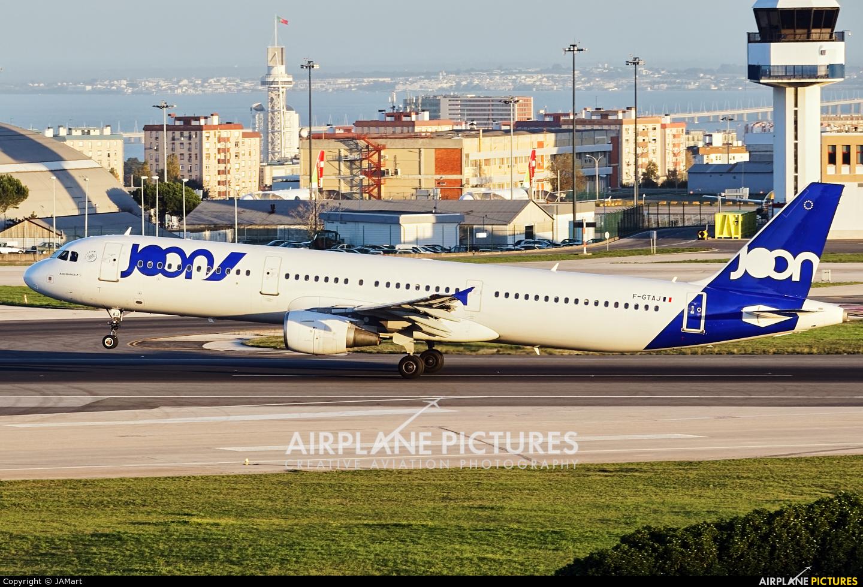 Joon F-GTAJ aircraft at Lisbon