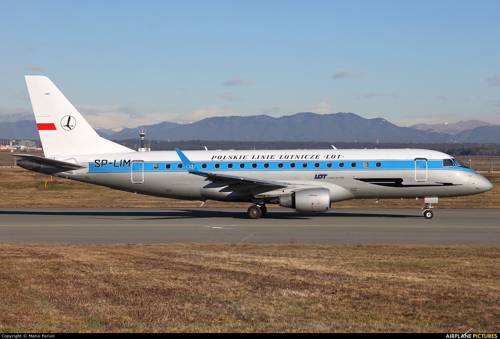 LOT - Polish Airlines SP-LIM aircraft at Milan - Malpensa