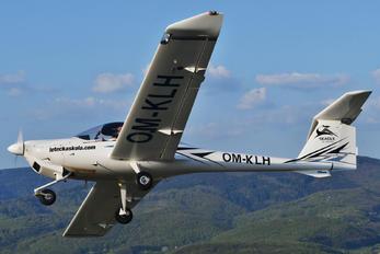 OM-KLH - Seagle Air Diamond DA 20 Katana