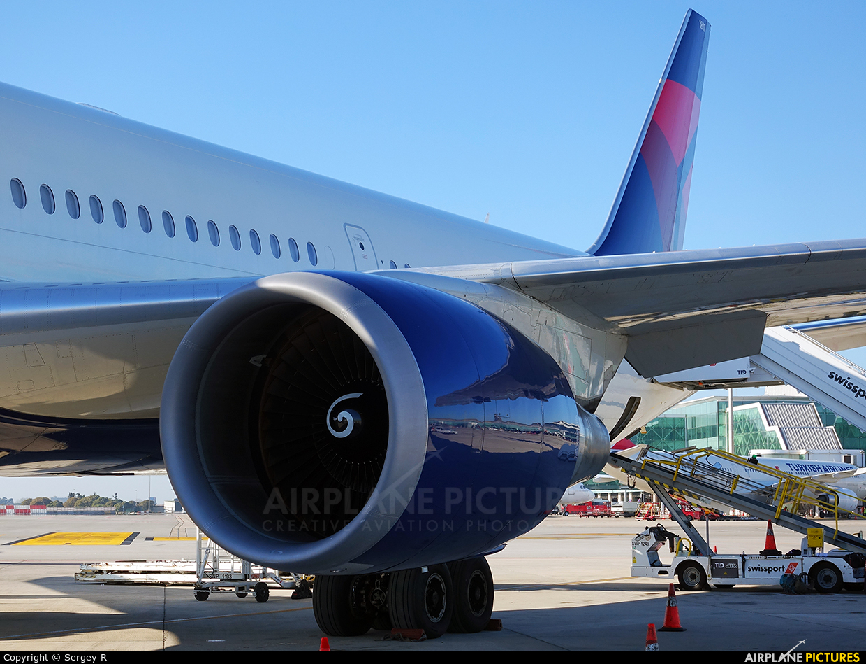 Delta Air Lines N835MH aircraft at Barcelona - El Prat