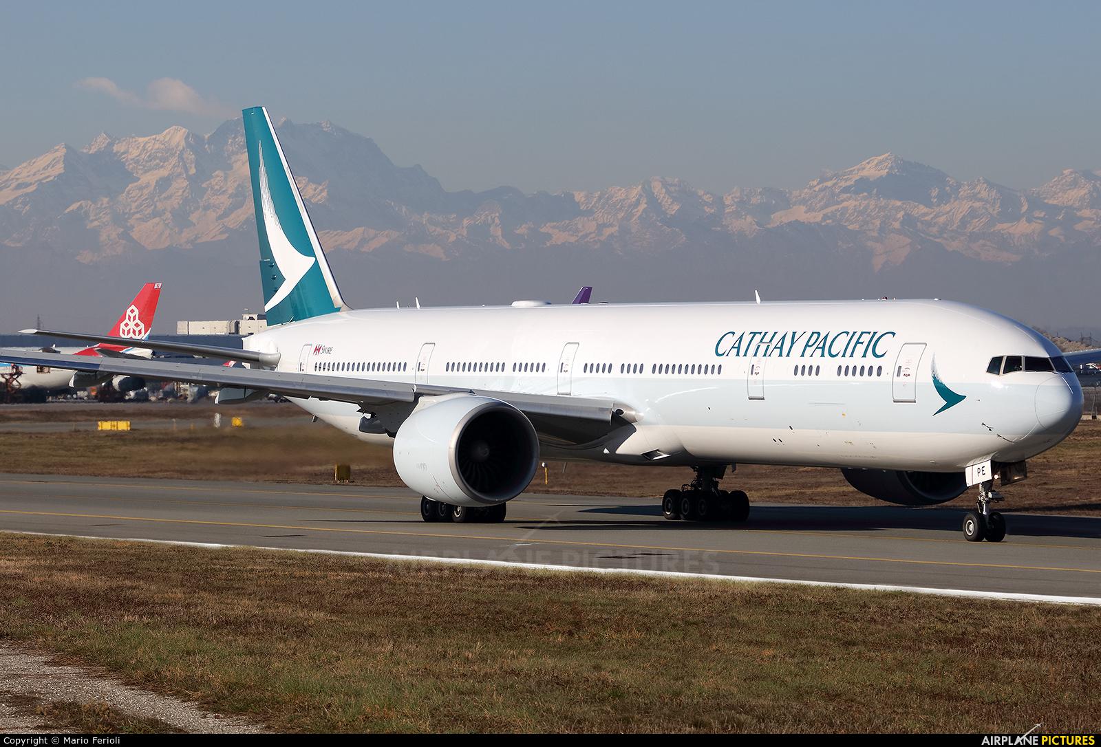 Cathay Pacific B-KPE aircraft at Milan - Malpensa