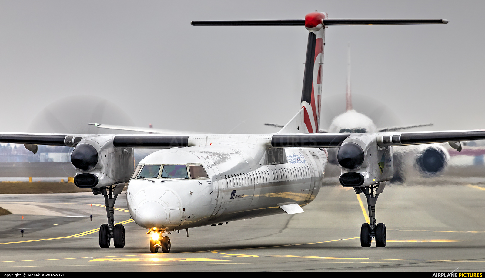 LOT - Polish Airlines SP-EQC aircraft at Warsaw - Frederic Chopin
