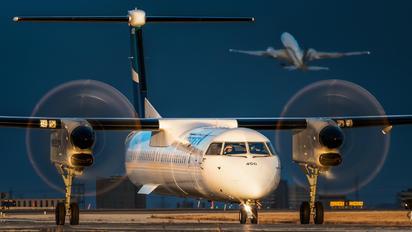 C-FOWE - WestJet Encore de Havilland Canada DHC-8-402Q Dash 8