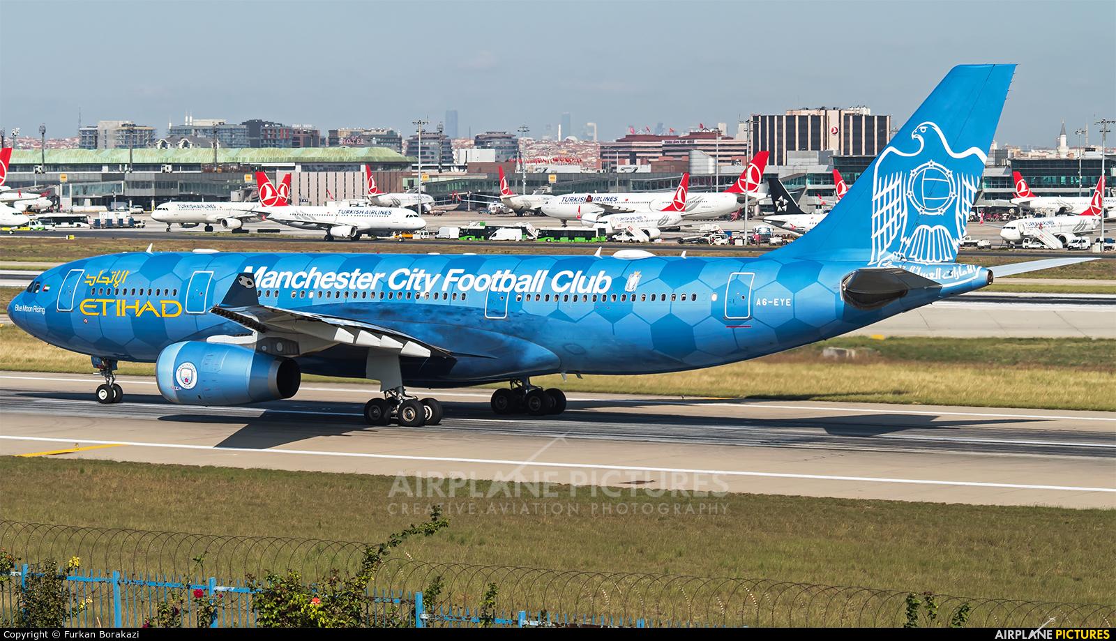 Etihad Airways A6-EYE aircraft at Istanbul - Ataturk