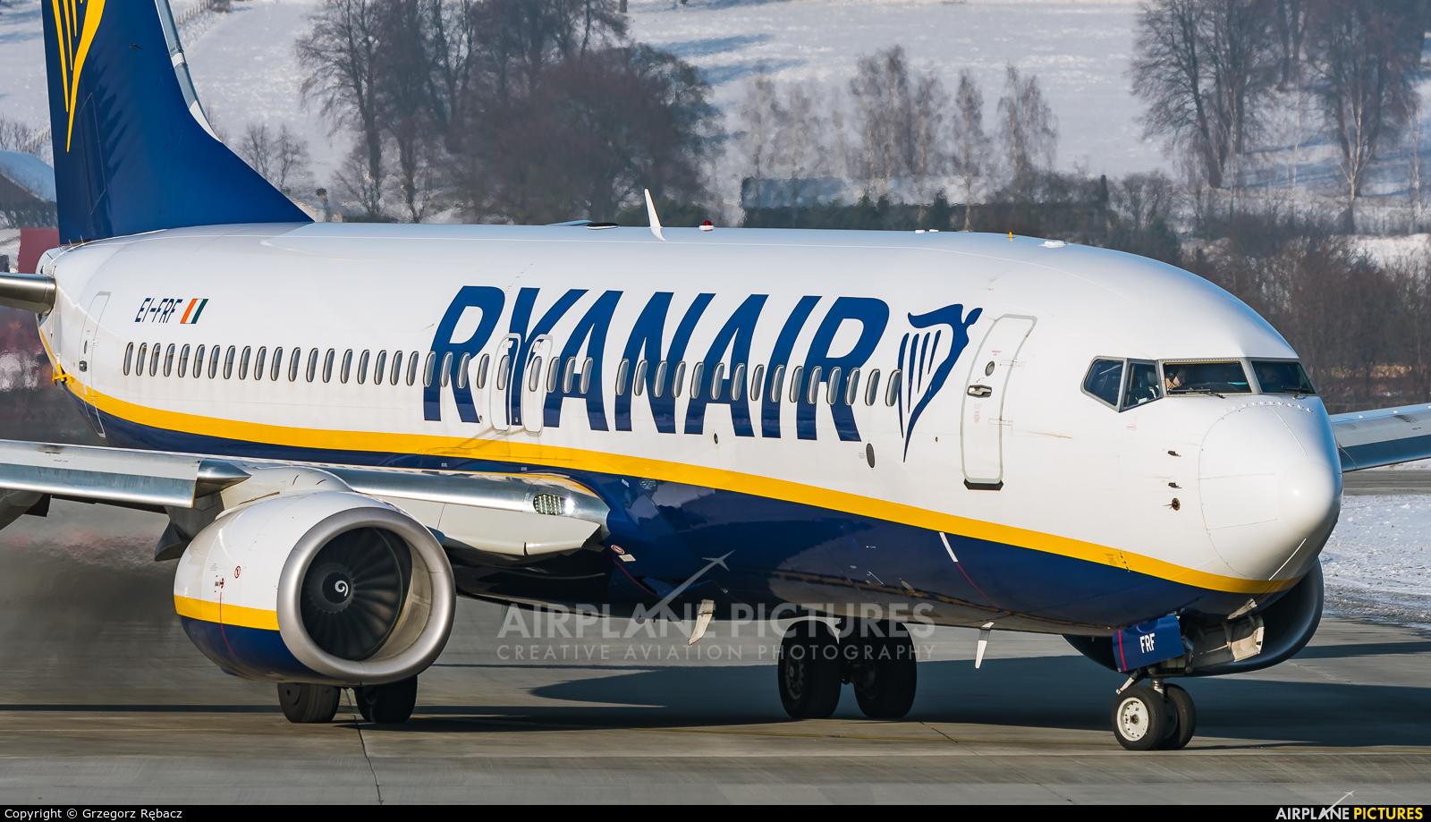 Ryanair EI-FRF aircraft at Kraków - John Paul II Intl
