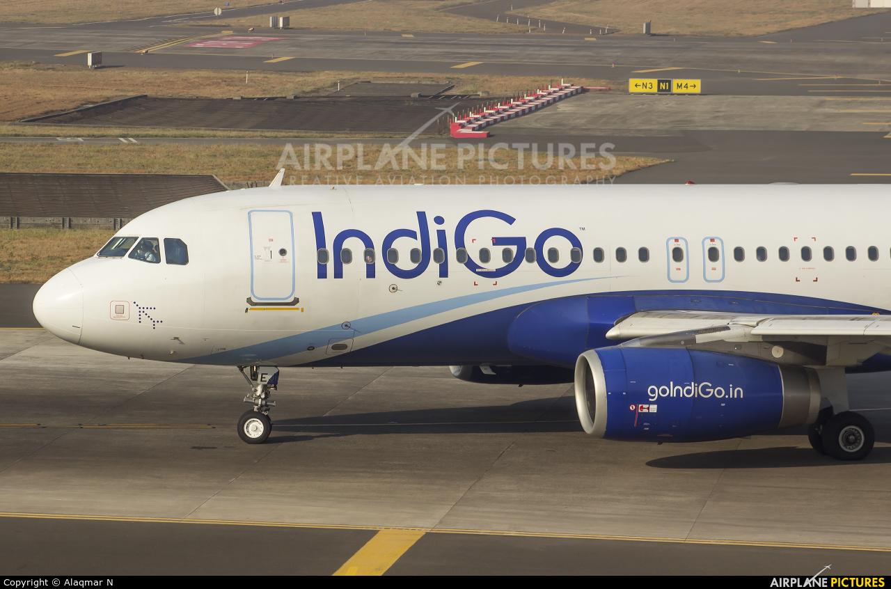 IndiGo VT-IEJ aircraft at Mumbai - Chhatrapati Shivaji Intl