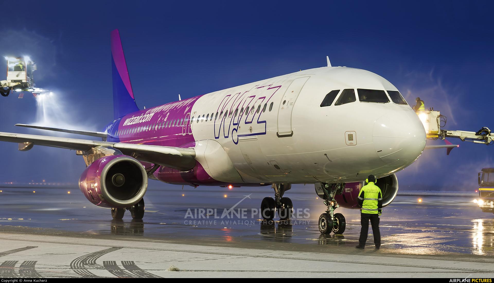 Wizz Air HA-LPK aircraft at Katowice - Pyrzowice