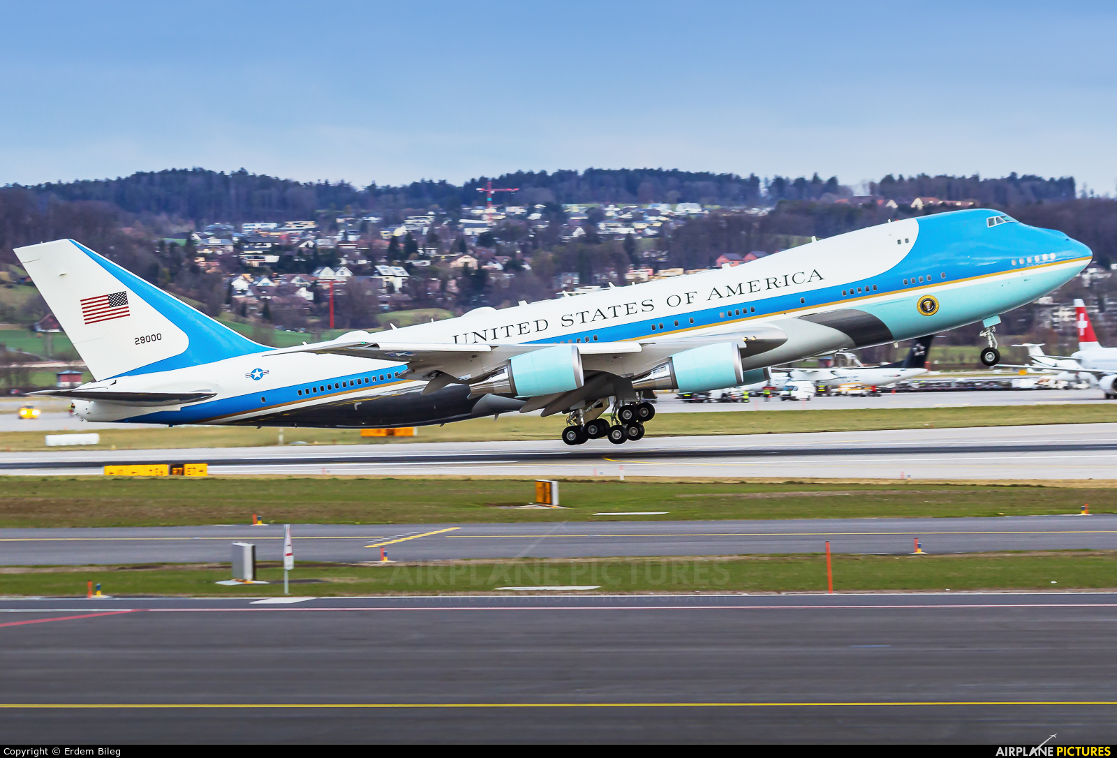 USA - Air Force 92-9000 aircraft at Zurich