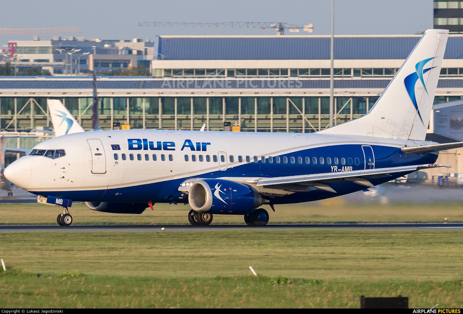 Blue Air YR-AMB aircraft at Warsaw - Frederic Chopin